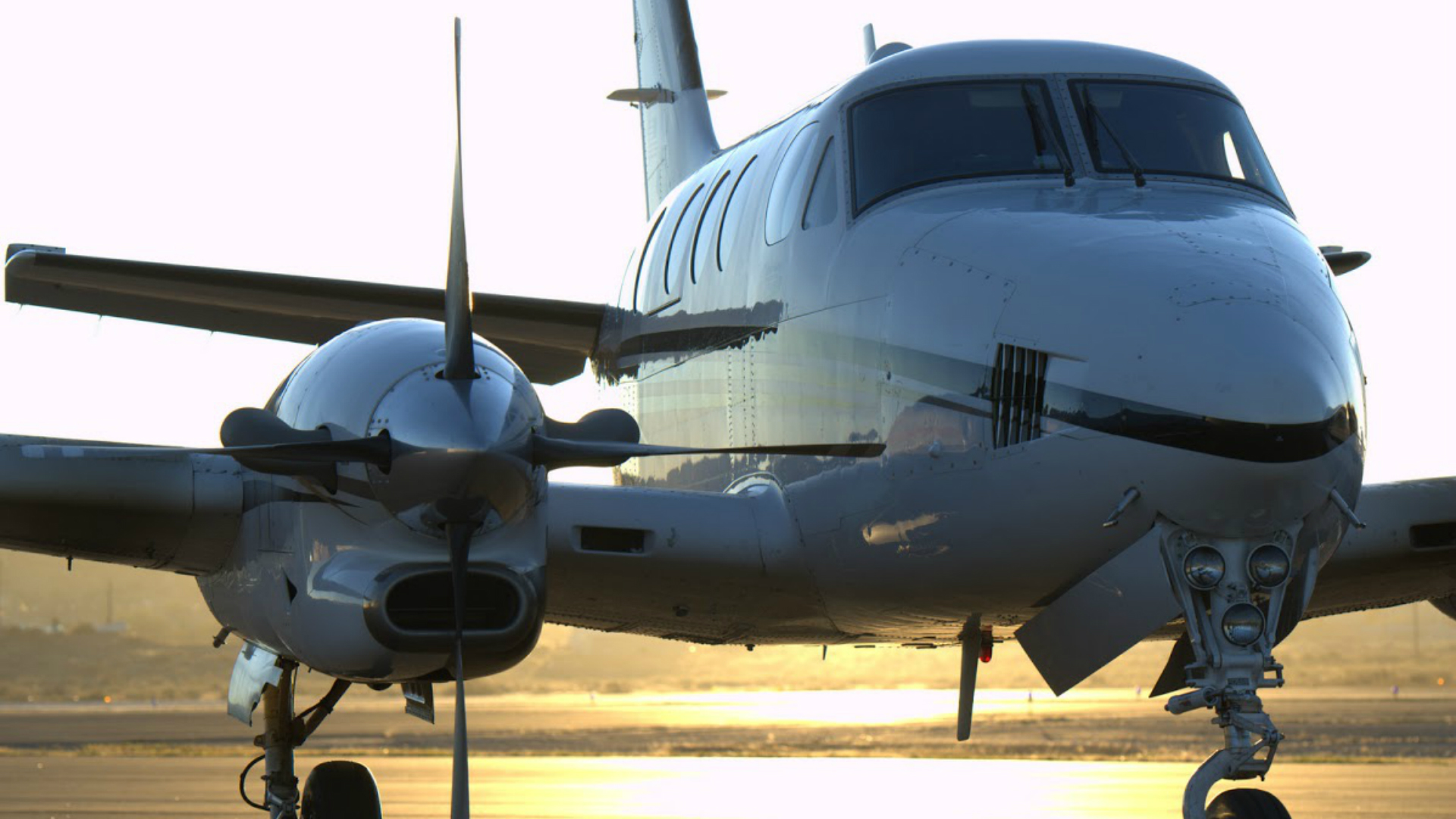 King-air-front-2-full
